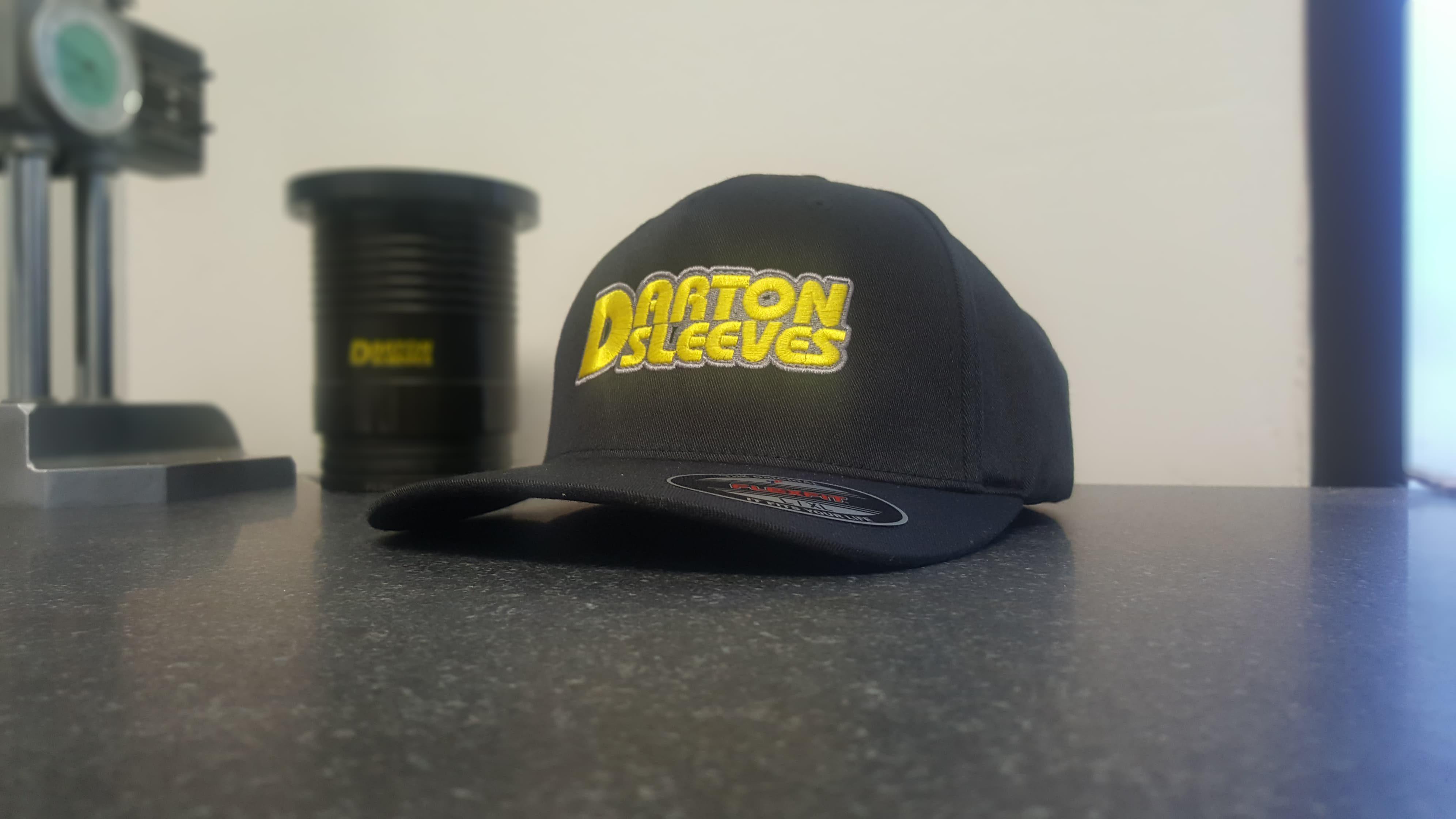 Darton Sleeves Cap